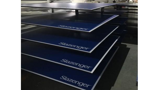 乒乓球球台台面流水线生产_乒乓球桌面是怎么生产出来的
