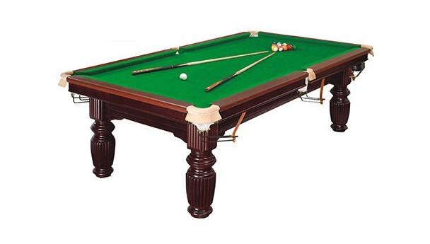 """通过""""摸""""判断双子星台球桌质量的好坏"""